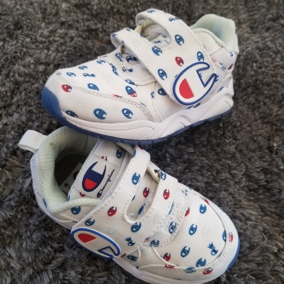 Toddler sneakers